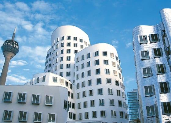 Gehry Haus, Düsseldorf,Sehenswürdigkeit, Reiseführer, Reisetipps, Highlights, Rundgang, Sightseeing, Stadtplan