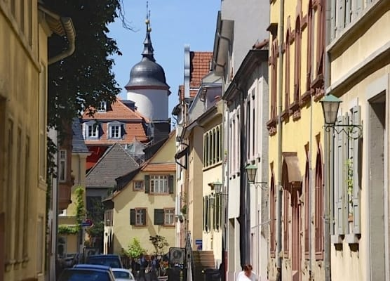 Heidelberg, Strasse in Heidelberg,Sehenswürdigkeit, Reiseführer, Reisetipps, Highlights, Rundgang, Sightseeing, Stadtplan